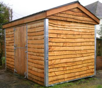 12 x 8 mobile field shelter fitted with Upper and Lower stable doors.